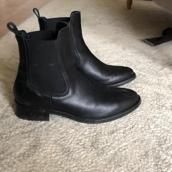 7b34ffab32e thursday boot company Shoes - Thursday Boot Company Duchess Chelsea Boot - 9